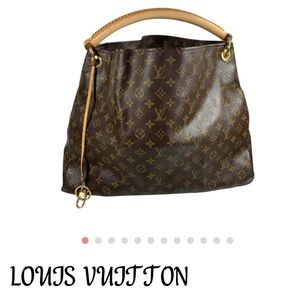 Louis Vuitton GM Artsy